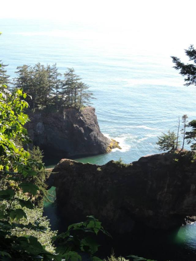 On a recent trip to the West Coast, my boyfriend and I stumbled across a natural bridge in Oregon.